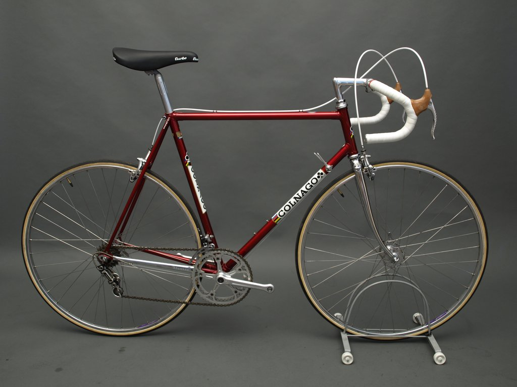dating colnago frame Code: fr150 wheel size: 700c frame description: a nice colnago road racing frame dating from the 1980′s the frame quality is as you would expect from colnago.