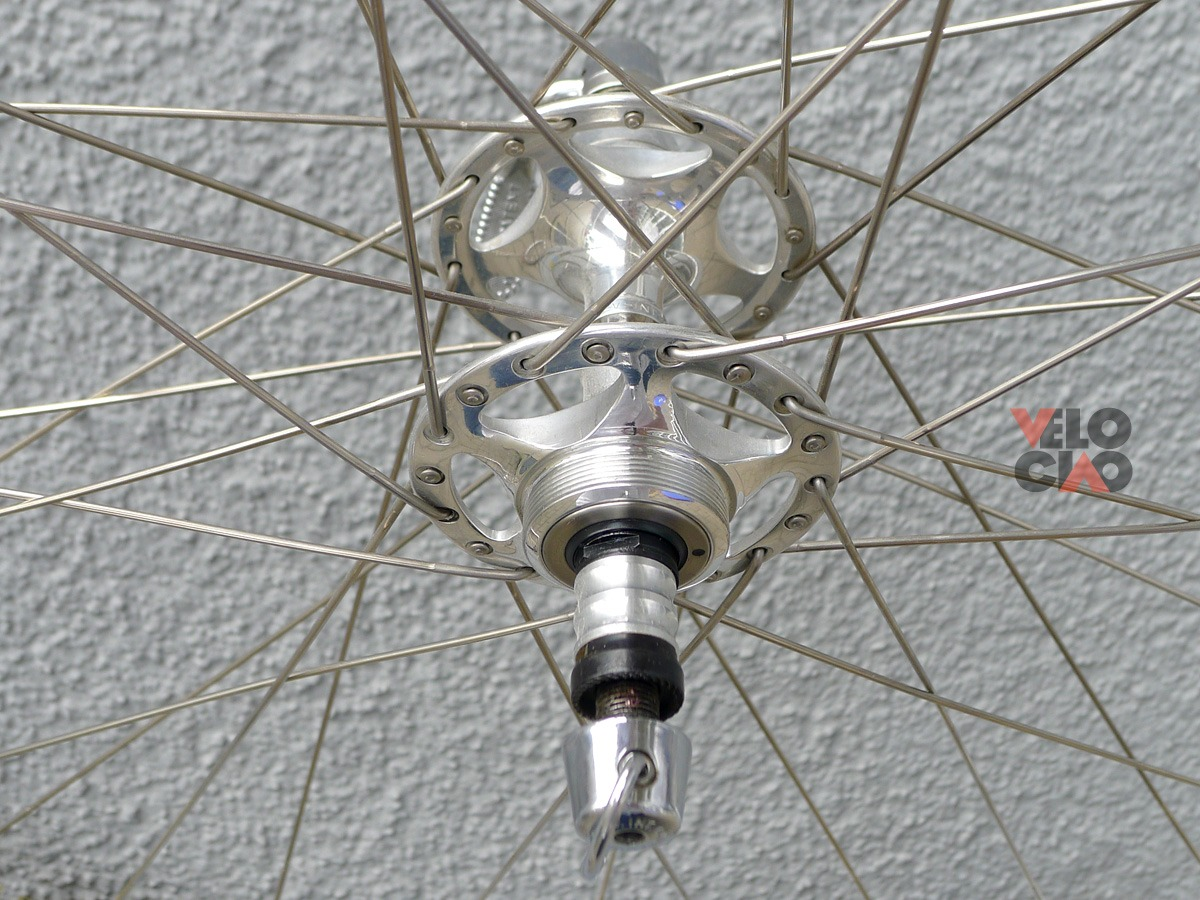 Campagnolo 'C-Record Sheriff Star' wheelset with Mavic 'Open Ceramic' rims, in 'Brügelmann' wheel bags (NOS/NIB)
